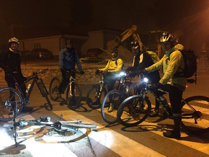 30 Kilometers in the Dark: 7th Thursday Night Ride from Zagreb