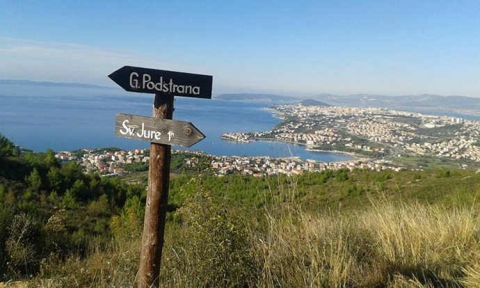 Croatian Bike Routes: Podstrana near Split